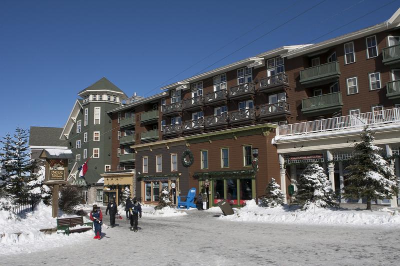 Snowshoe-seneca-lodge-1